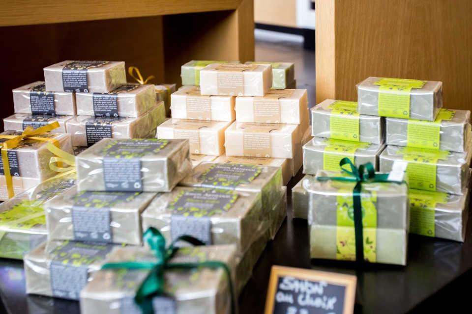 Idées Cadeaux - Souvenirs du Var | CELLIER DES 3 COLLINES
